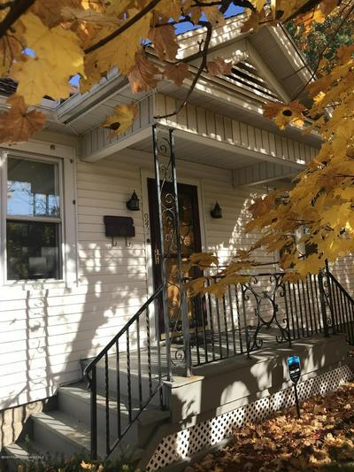 941 ORCHARD ST, Scranton, PA 18505 - Photo 2
