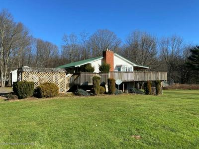 14 YAMIALKOWSKI RD, Waymart, PA 18472 - Photo 2