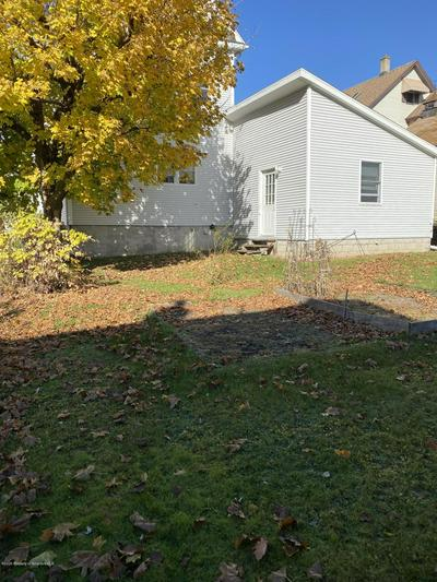 172 ELECTRIC ST, Peckville, PA 18452 - Photo 2