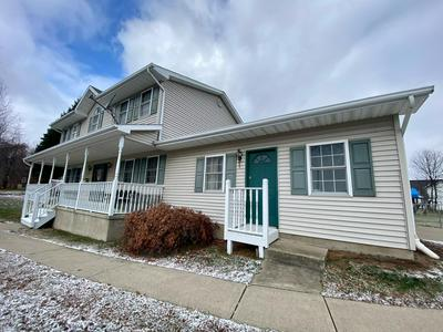 10 APPLE AVE, Carbondale, PA 18407 - Photo 2