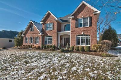 22 ONEILL DR, MOOSIC, PA 18507 - Photo 1