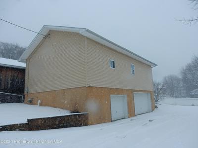 30 OAK AVE, Carbondale, PA 18407 - Photo 1