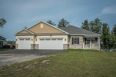 177 WAGNER BLVD, Greenfield Twp, PA 18407 - Photo 2
