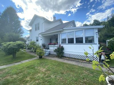 428 KEYSTONE AVE, Peckville, PA 18452 - Photo 1