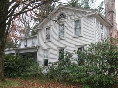 221 N ABINGTON RD, Clarks Green, PA 18411 - Photo 2