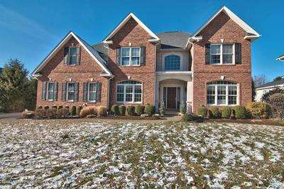 22 ONEILL DR, MOOSIC, PA 18507 - Photo 2