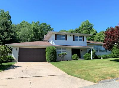 214 WOODCREST DR, Jessup, PA 18434 - Photo 1