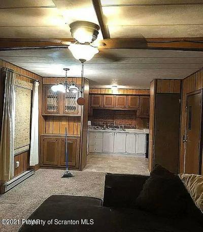 992 OWEGO TPKE, Waymart, PA 18472 - Photo 2