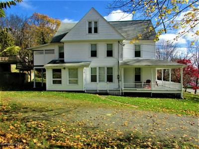 393 LAKE AVE, MONTROSE, PA 18801 - Photo 2