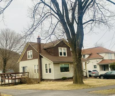 155 CARBONDALE RD, Waymart, PA 18472 - Photo 2