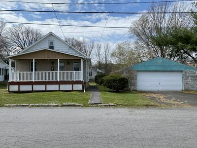 818 WOODLAWN AVE, Moosic, PA 18507 - Photo 2