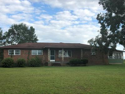 585 DEAN RD, Slocomb, AL 36375 - Photo 1