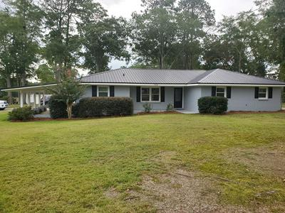 104 RUTH CIR, Cowarts, AL 36321 - Photo 1