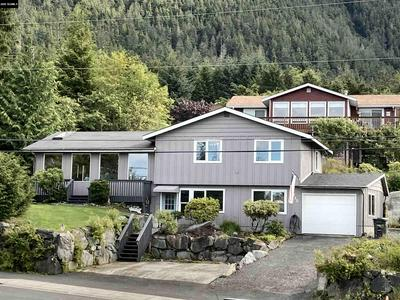 1720 EDGECUMBE DR, Sitka, AK 99835 - Photo 1