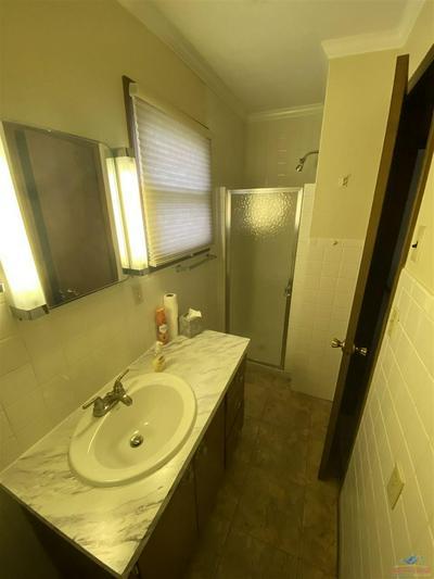 109 PAWNEE ST, Clinton, MO 64735 - Photo 2