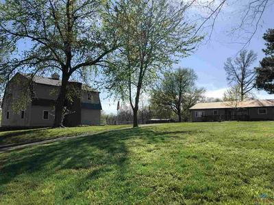 220 S COUNTY LINE RD, Windsor, MO 65360 - Photo 1