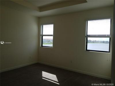 3381 W 100TH TER # 3381, Hialeah, FL 33018 - Photo 2