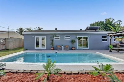 7021 SCOTT ST, Hollywood, FL 33024 - Photo 2