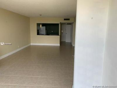 1000 PARKVIEW DR 527, HALLANDALE BEACH, FL 33009 - Photo 2
