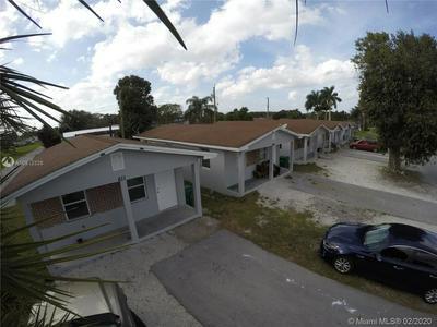 607 AMARYLLIS AVE 611, PAHOKEE, FL 33476 - Photo 2