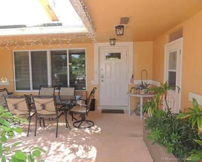 505 HIBISCUS AVE APT 4, Pompano Beach, FL 33062 - Photo 2