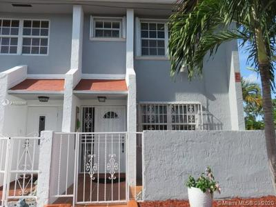 11431 SW 7TH TER APT 501E, Sweetwater, FL 33174 - Photo 2