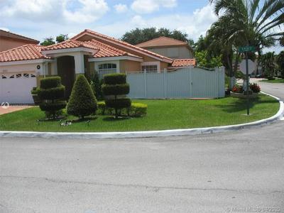 20001 NW 86TH CT, HIALEAH, FL 33015 - Photo 2