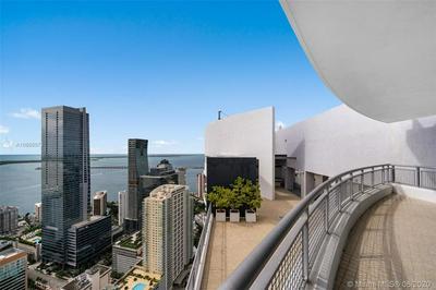 60 SW 13TH ST APT 5010, Miami, FL 33130 - Photo 2
