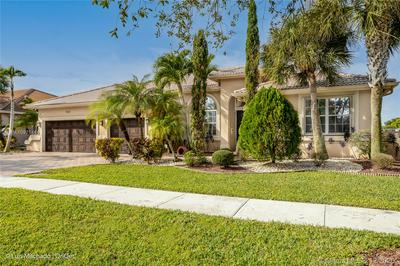 5033 SWEETWATER TER, Cooper City, FL 33330 - Photo 2
