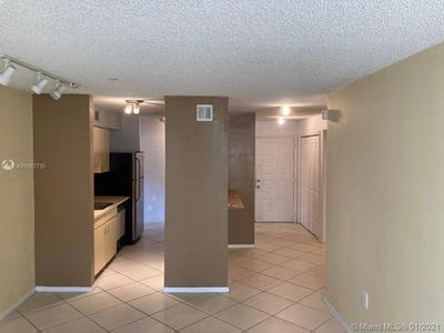 2301 N CONGRESS AVE APT 18, Boynton Beach, FL 33426 - Photo 2