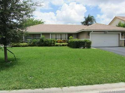 10846 NW 10TH PL, Coral Springs, FL 33071 - Photo 1