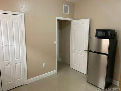 17625 SW 135TH AVE # B, Miami, FL 33177 - Photo 2