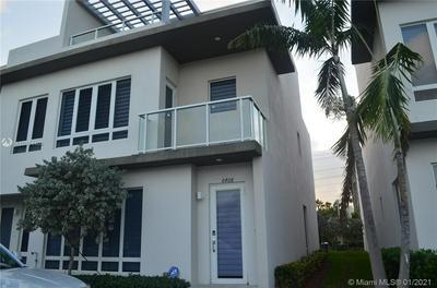 6408 NW 105TH PL, Miami, FL 33178 - Photo 2