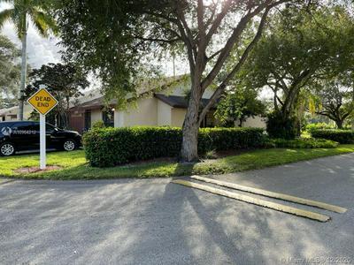1590 NW 98TH WAY, Pembroke Pines, FL 33024 - Photo 2