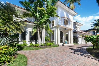 2505 LAGUNA TER, Fort Lauderdale, FL 33316 - Photo 1