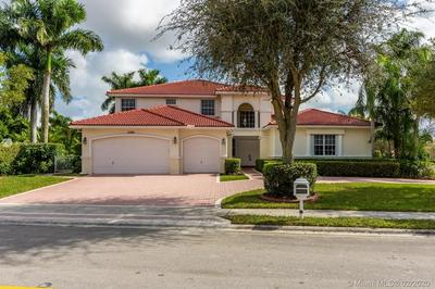 15990 SW 11TH ST, PEMBROKE PINES, FL 33027 - Photo 2