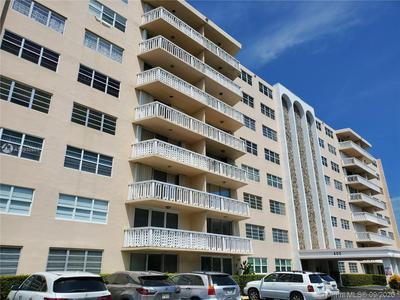 400 NE 12TH AVE APT 106, Hallandale Beach, FL 33009 - Photo 1