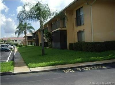 5801 WASHINGTON ST 8, HOLLYWOOD, FL 33023 - Photo 2