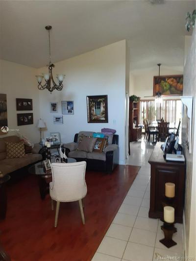 15442 SW 137TH PL, Miami, FL 33177 - Photo 2