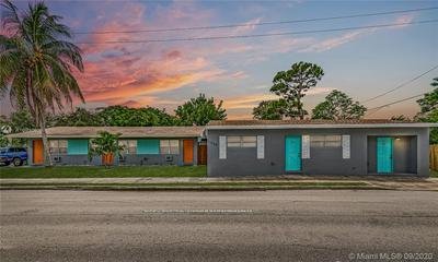 1720 NE 13TH ST APT 4, Fort Lauderdale, FL 33304 - Photo 2