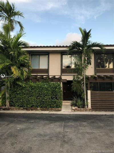 16501 NE 26TH PL, North Miami Beach, FL 33160 - Photo 2