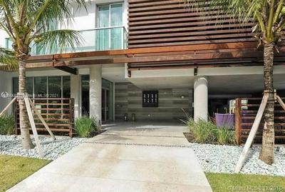 1215 WEST AVE # 404, Miami Beach, FL 33139 - Photo 1