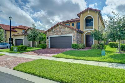5000 NW 48TH LN, Tamarac, FL 33319 - Photo 2