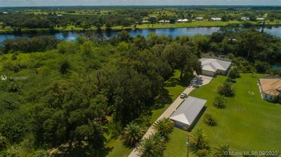 1301 EAGLE POINT DR, Other City - In The State Of Florida, FL 33935 - Photo 2