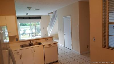2213 SALERNO CIR, Weston, FL 33327 - Photo 2
