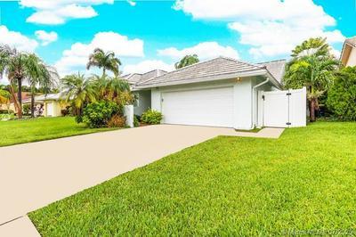 709 SE 3RD CT, Dania Beach, FL 33004 - Photo 1