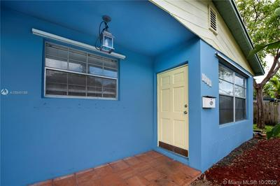 4240 NW 10TH TER, Oakland Park, FL 33309 - Photo 2