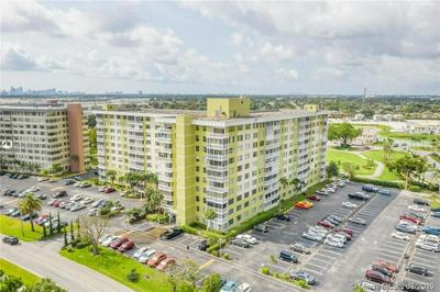 4400 HILLCREST DR 106A, HOLLYWOOD, FL 33021 - Photo 2