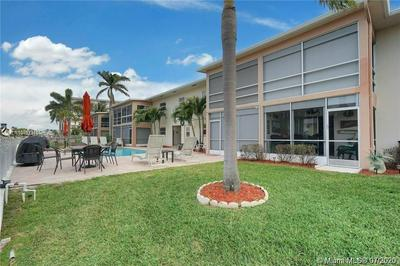 934 SE 9TH AVE APT 16, Pompano Beach, FL 33060 - Photo 2