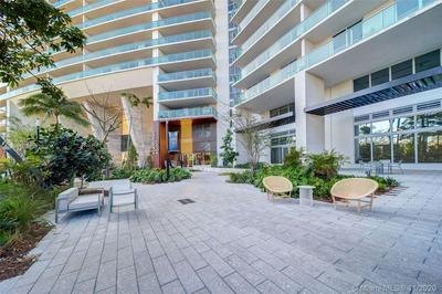 1500 BAY RD # S-884, Miami Beach, FL 33139 - Photo 2